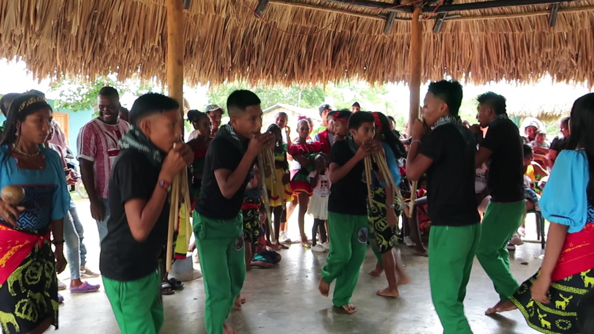 Arquía gunadule community dances
